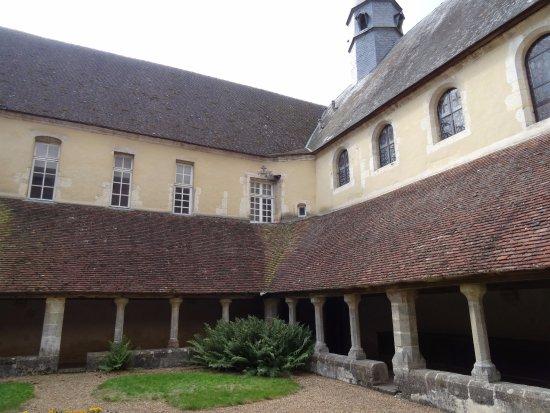 Cloitre du Couvent Saint-Francois