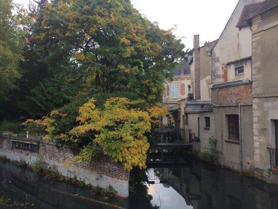 Maintenon, France : photo5.jpg