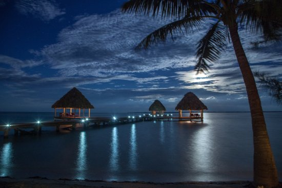 Coco Plum Cay, Belice: Romantic night sky at Coco Plum Island Resort