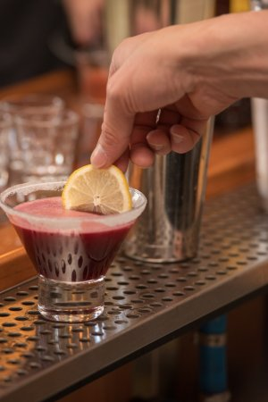 Manzanita, Орегон: We're always experimenting with new drinks and ways to add our own touches to classics.