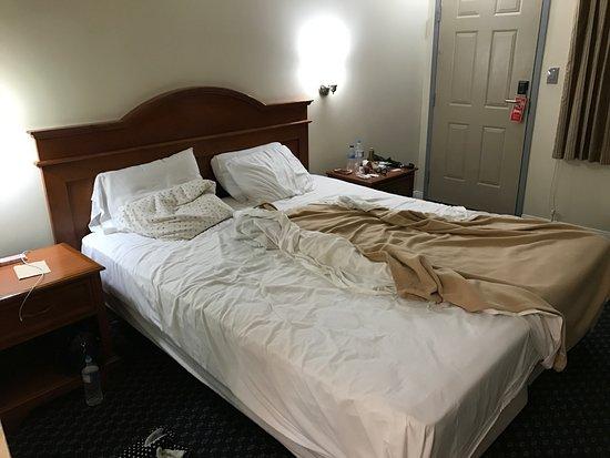 Hollywood La Brea Motel: cama grande e confortável
