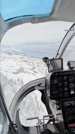 Valhalla Helicopters: Flying over Myra Canyon.