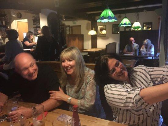 Square & Compass Pub Ashill: Great fun with friends!