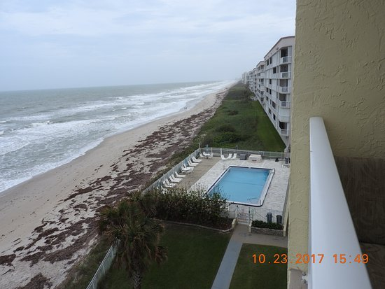 Indian Harbour Beach, FL: View from our balcony of pool & Atlantic