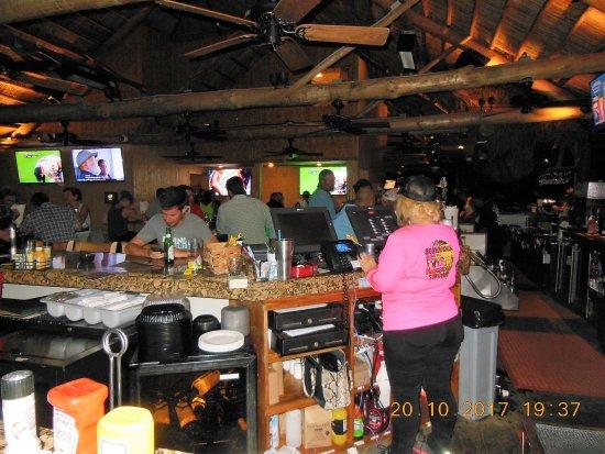 Ramrod Key, FL: Bar area