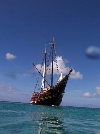 Malmok Beach - Pirate Ship Snorkeling Cruise