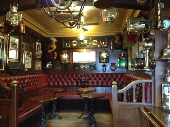 The Olde Ship Inn: Part of the bar