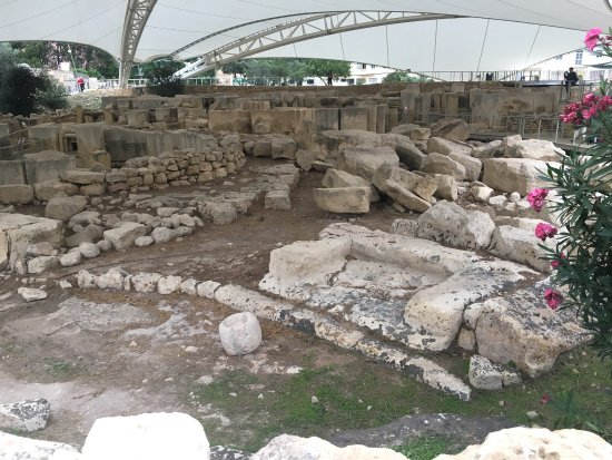 Tarxien Temples: photo4.jpg