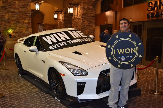 Highland, Καλιφόρνια: Club Serrano member Enrique won a 2017 Nissan GT-R at San Manuel Casino on Nov. 9, 2017.