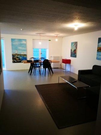 Luna Apartments: IMG_20171105_101315_large.jpg