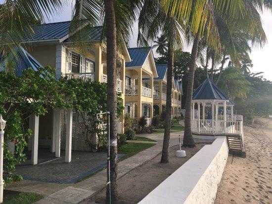 Villa Beach Cottages Photo