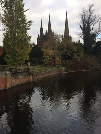 Lichfield Cathedral: photo0.jpg