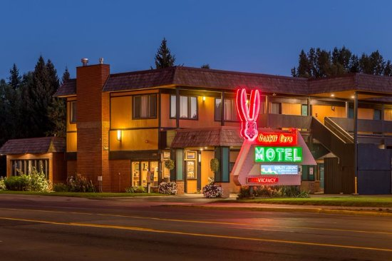 Rabbit Ears Motel: New angle on our historic sign