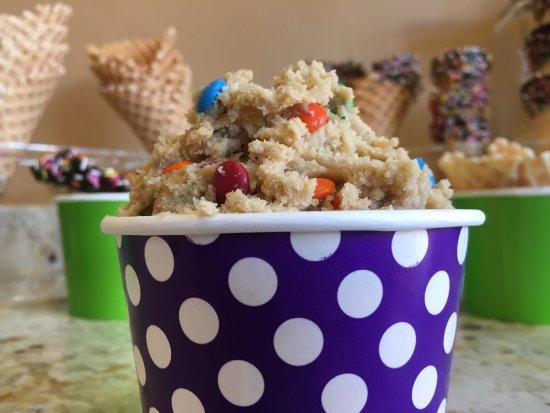 Winona, MN: Edible Cookie Dough