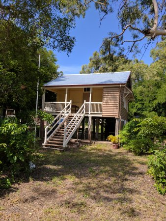 Magnetic Island History and Craft Centre and Magnetic Museum
