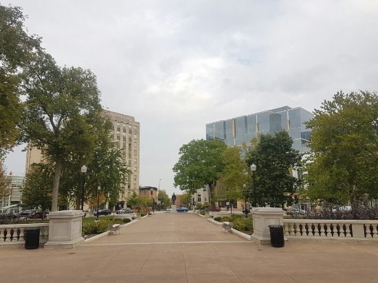 Wisconsin State Capitol: 20170926_163032_large.jpg