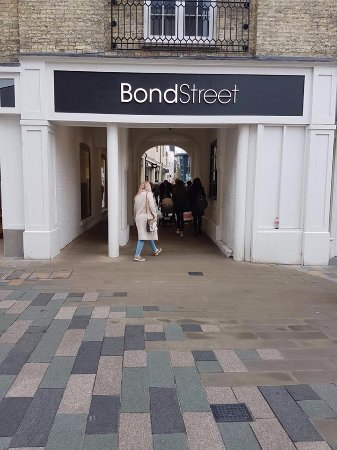 Chelmsford, UK: Bond Street