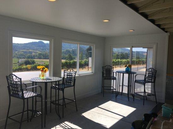 Χίλντσμπεργκ, Καλιφόρνια: Window Views from our tasting room