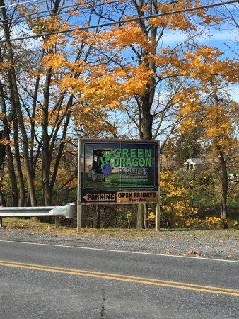 The Green Dragon Farmer's Market: photo0.jpg