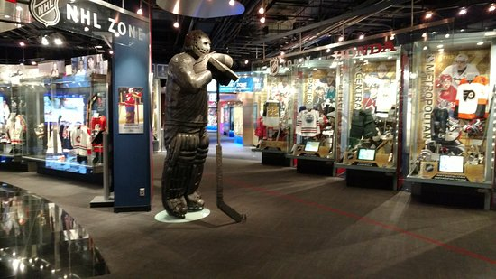 Hockey Hall of Fame: Displays near front entrance and Ken Dryden statue