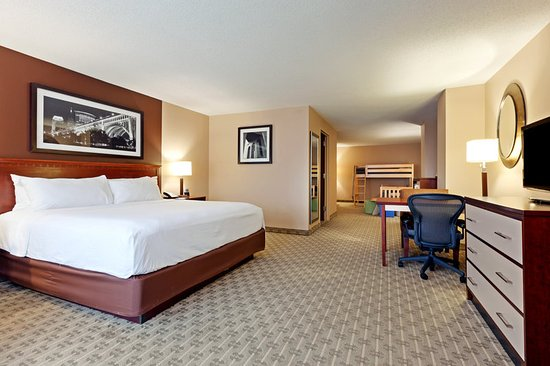 Crowne Plaza Cleveland at Playhouse Square: Kids Suite