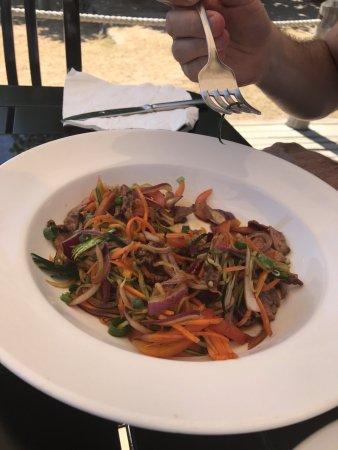 Malolo Island Resort : Thai beef salad at Beach Bar