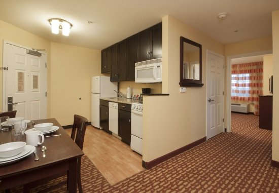 El Centro, Californien: Two-Bedroom Suite Kitchen