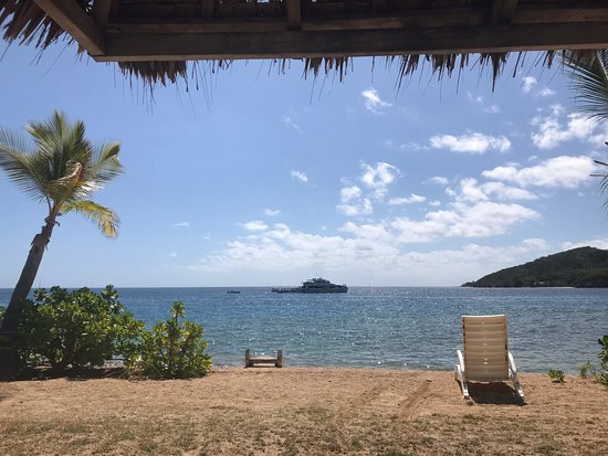 Malolo Island Resort : View just 15 steps from our bure