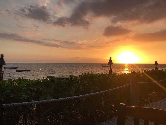 Malolo Island Resort : Sunsets were just amazing!