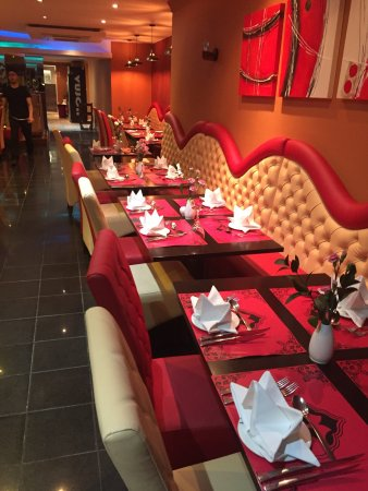 Vujon Indian Restaurant Addiscombe