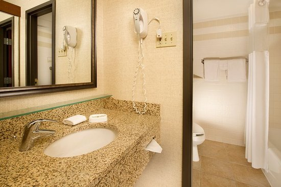 Saint Peters, Миссури: Bathroom