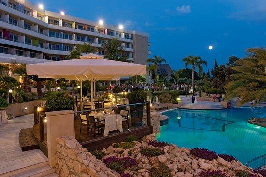 Book Amathus Beach Hotel Limassol in Limassol | Hotels.com