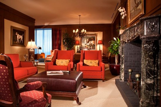 Irving, TX: Governor's Suite