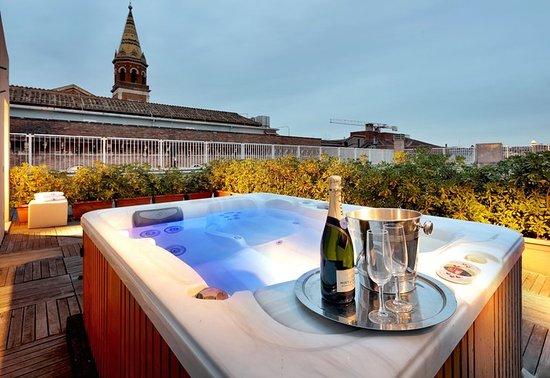 Hotel Via Matteo Boiardo Roma