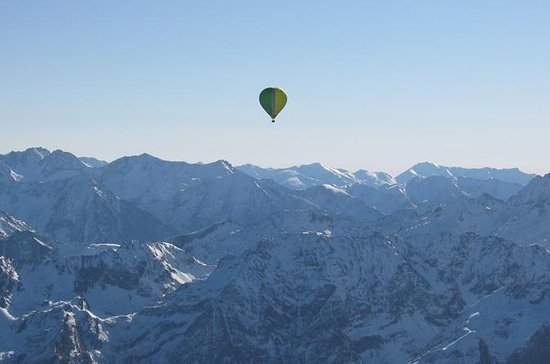 Exclusive pyrenees Hot Air Balloon...