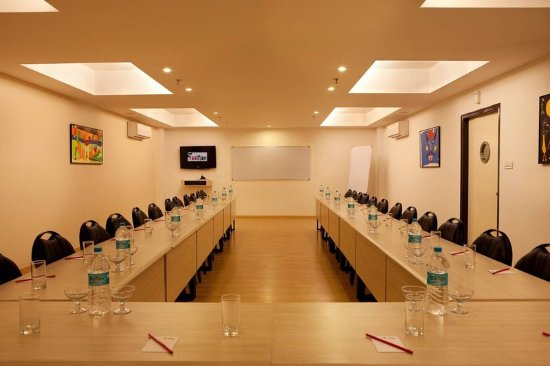 Red Fox Hotel East Delhi: Meeting Room