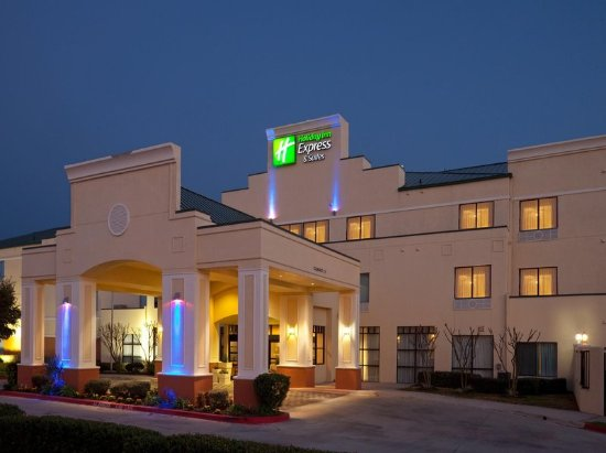 Holiday Inn Express Round Rock: Exterior Feature