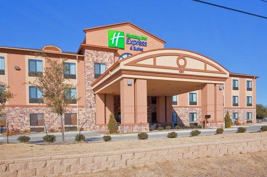 Mineral Wells, TX: Hotel Exterior