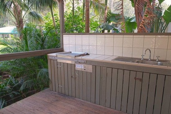 Gerroa, Australia: Superior Waterview Spa BBQ - 2BR