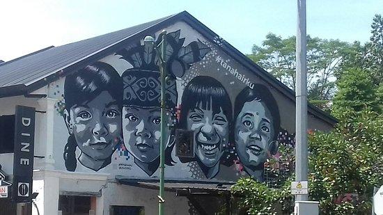 Hornbill Street Mural