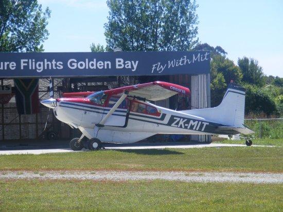 Takaka, Selandia Baru: Mit's Cessna