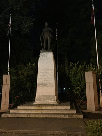 Clifton Hill War Memorial