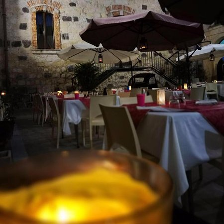 Vizzini, Италия: Chiostro - Ristorante