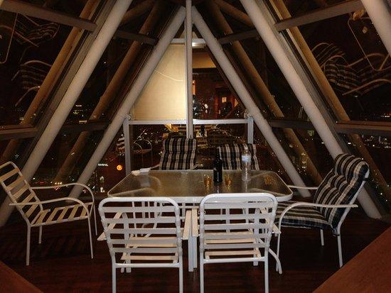 Baiyoke Sky Hotel: Separate Balcony of - Deluxe - Sky Zone.