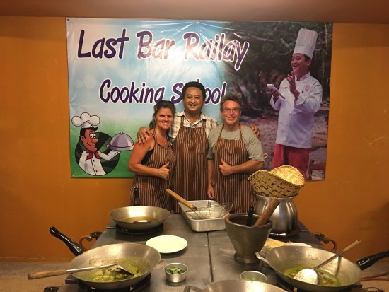 Last Bar Railay Cooking School by Mr.Chef