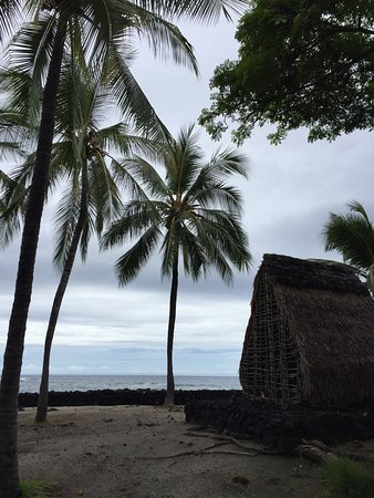 Pu'uhonua O Honaunau National Historical Park: photo1.jpg