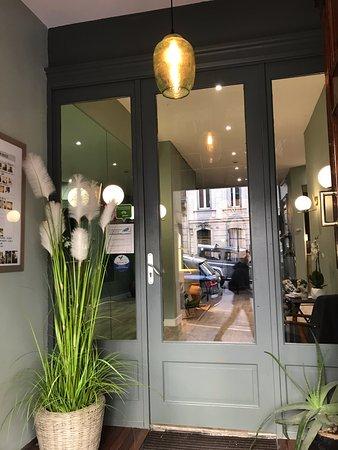 Hotel Azur: entree