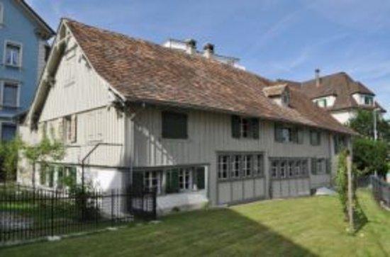 Romanshorn, Szwajcaria: Aussenansicht Übernachten im Baudenkmal