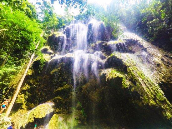 Lapu Lapu, Filippinerna: subaicebuSweet surrender to the beauty of Cebu falls. Travel with family or barkadas (buddies) a