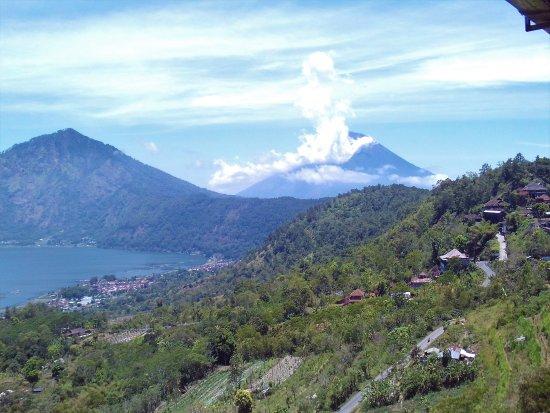 Batur Sari Restaurant: Mount Agung smokes in the distance